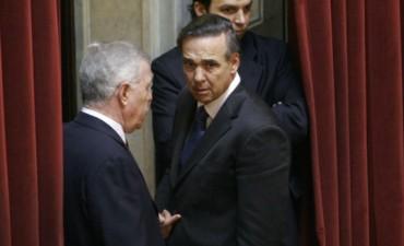 Sorpresa: un histórico senador kirchnerista avaló los despidos de Michetti en el Senado