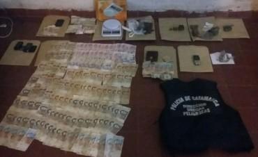 Dos dealers con antecedentes fueron detenidos