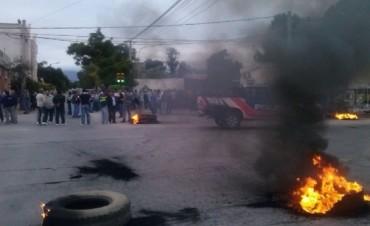 Malestar y tensión entre automovilistas y piqueteros de Valle Viejo
