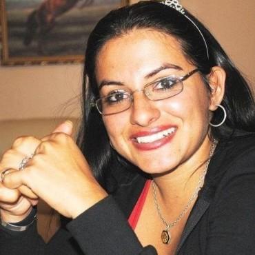 """Patricia Burgos:""""Escalante habla porque tiene intereses económicos y políticos"""""""