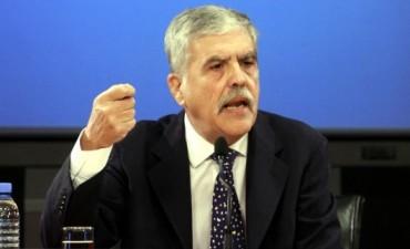 Denuncian penalmente a De Vido por supuestas coimas de Petrobras