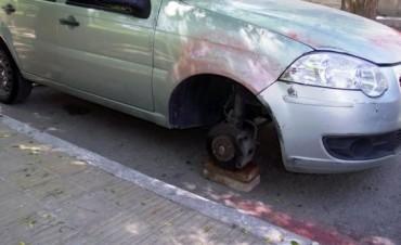 Ladrón de ruedas de autos que era buscado desde el 2006 fue atrapado