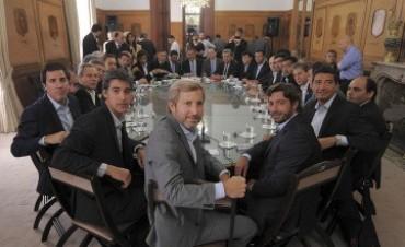 """""""Hay mucho consenso en las provincias para avanzar en la reforma política"""""""