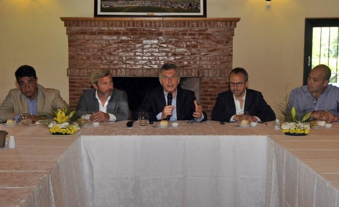 Macri debutó con sus intendentes