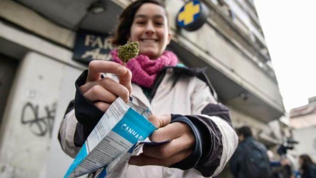 Instalarán localesde marihuana recreativa en Uruguay