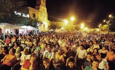 Primera gran noche del festival de la Vendimia en Tinogasta