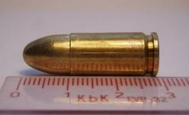 Arrestan a un hombre con proyectiles calibre 9 mm y 22 mm