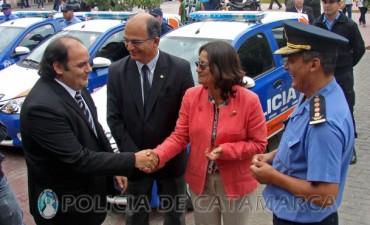 Entregan nuevos móviles a la Policía de la Provincia