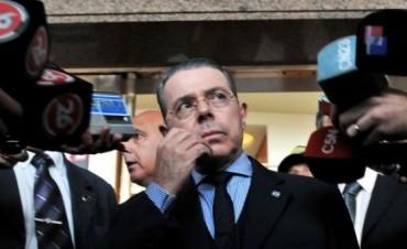 Acorralado por la posibilidad del juicio político, Oyarbide presentó su renuncia