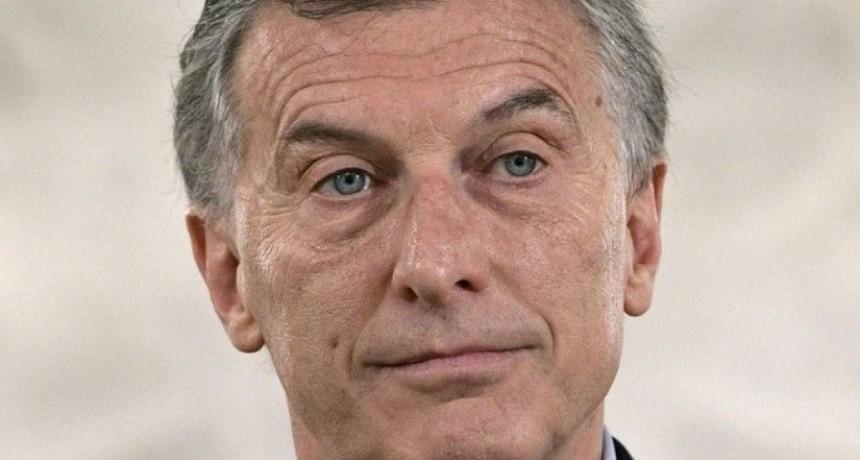 Macri afina el lápiz y realiza recortes en los ministerios