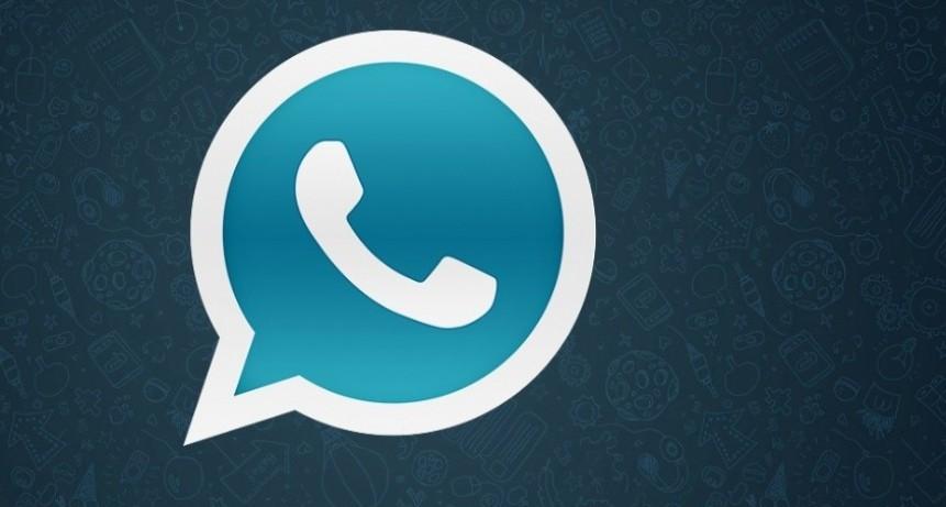 La falsa aplicación de WhatsApp que roba información de tu celular