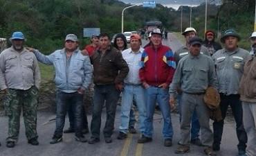 Municipales Cortan Ruta 42 en El Alto