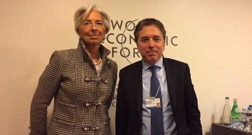 Dujovne ya está en los EEUU para negociar con el FMI