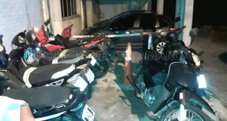 Secuestran 48 vehículos en puestos camineros