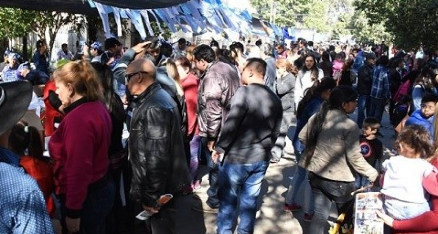 Gran Fiesta  del 25 en Valle Viejo