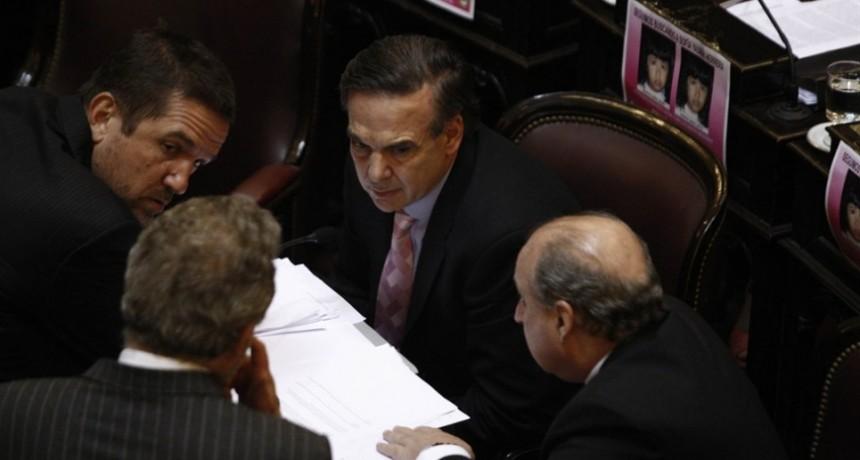 Tarifas: el PJ ya tiene los votos en el Senado para aprobar la ley