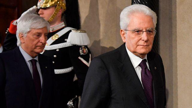 """Presidente italiano propone gobierno """"neutro"""" para salir del bloqueo político"""