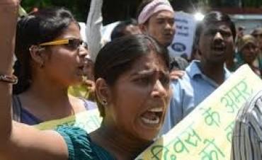 Ministro de India Dijo que las Mujeres