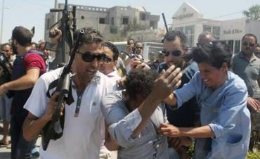 Viernes negro: ola de atentados en cinco países deja al menos 140 muertos