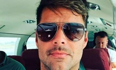 ¡Que calor!: Ricky Martin exhibió su espectacular físico con una sunga bien ajustada