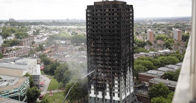 Ya son 17 los muertos por el incendio en la torre de Londres