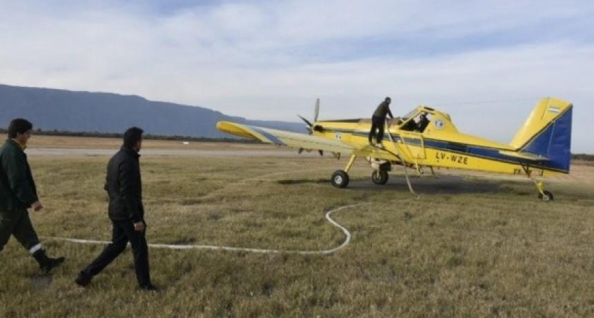 Nación envió dos aviones para combatir el incendio en el Ambato