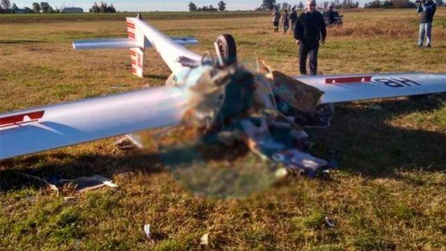 Murió la mujer que se estrelló con un planeador en Santa Fe