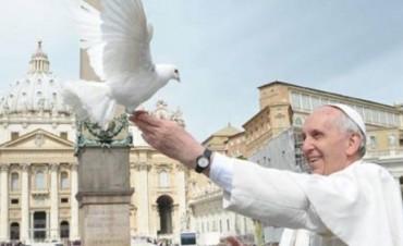El papa llega este domingo a un Ecuador católico