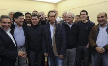 El Frente para la Victoria obtiene un amplio triunfo para la gobernación en La Rioja