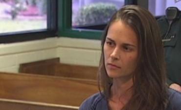 22 años de Prisión por tener sexo con tres alumnos