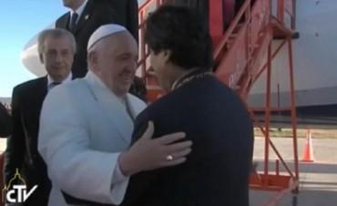 El Papa Francisco llegó a Bolivia