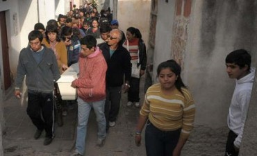 SANTIAGO DEL ESTERO: Inhuman los restos de Rodrigo en Los Flores e imputan al dueño del perro