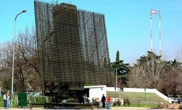 Un radar argentino controla parte del vuelo del Papa Francisco a Asunción