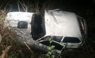 Accidente a la altura del Calvario tres heridos tras caer al barranco