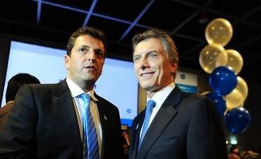Cruce de declaraciones entre Sergio Massa y Mauricio Macri por la economía