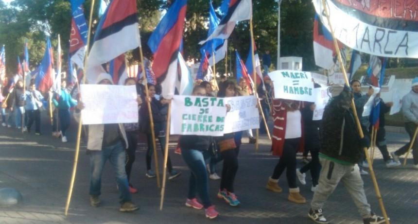 "La ""MARTIN FIERRO"" se manifestó exigiendo Planes Sociales"