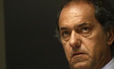 Scioli presenta una denuncia por campaña sucia contra el macrismo