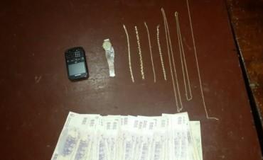 Atraparon a ladrón que robo dos joyerías en pleno centro