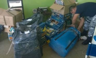 Secuestran gran cantidad de juguetes y ropa en Valle Viejo