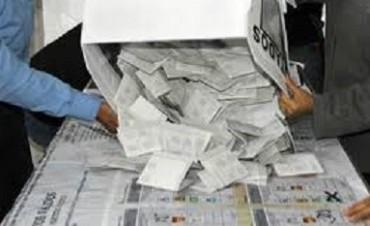 Presentaron proyecto para que los medios de comunicación transmitan en directo el conteo de votos