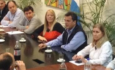 Massa y Stolbizer reunieron a sus diputados para diagramar la campaña hasta octubre