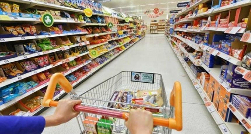 Estiman que la canasta de alimentos subió 3,84% en julio
