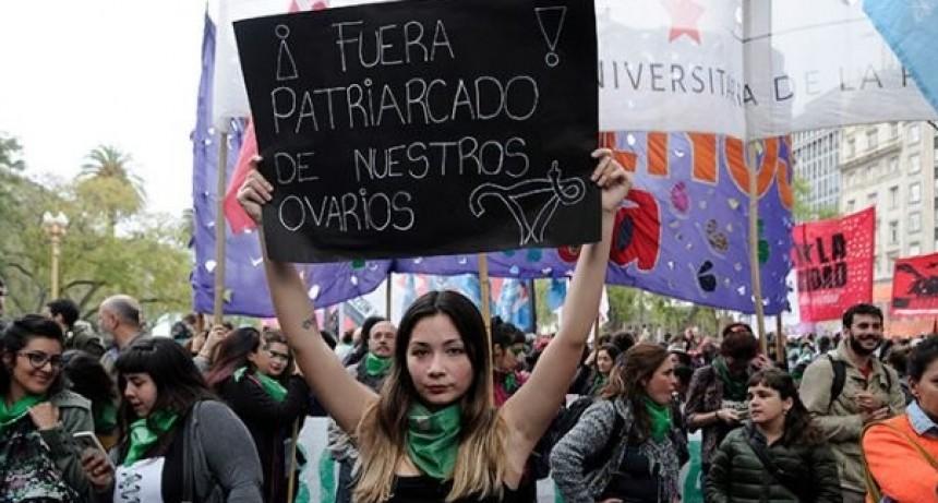 Pañuelazo mundial por el aborto en la Argentina
