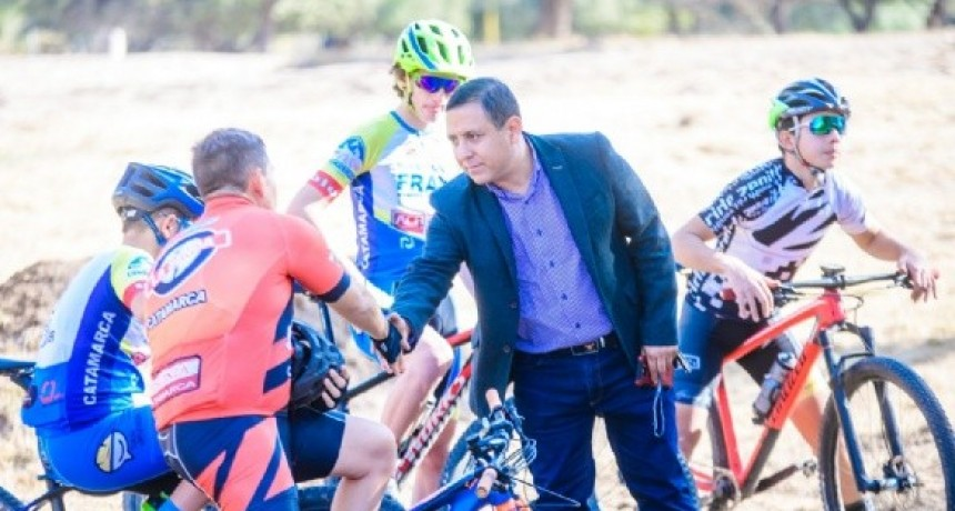 Ciclistas ya usan el nuevo Pump Track del Parque Adán Quiroga