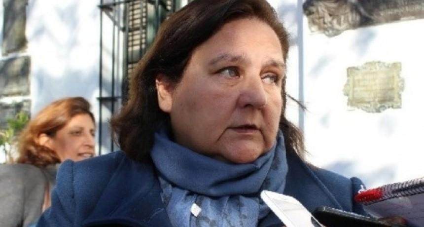 Organizaciones Civiles Reclaman la renuncia de Inés Blas a la Banca de la Mujer