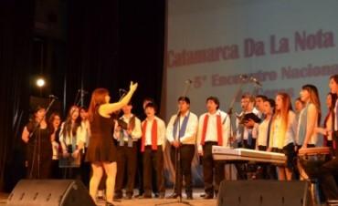 "Encuentro de coros ""Catamarca Da la Nota"""