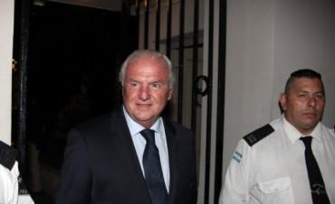 Tras el escándalo, Niembro renunció a su candidatura