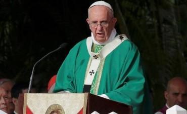 El Papa dio misa ante una multitud en La Habana
