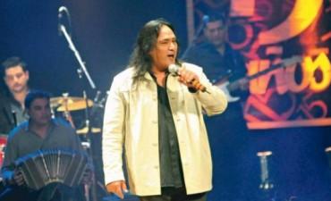 """""""Soy un rockero folclorizado; más un decidor que un cantor"""""""