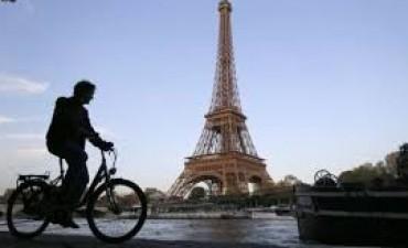 Francia pagará dinero a quienes vayan en bicicleta al trabajo